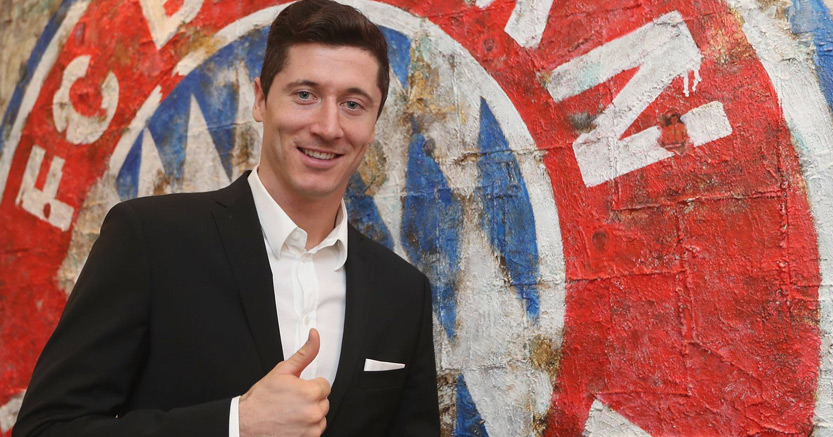 Robert Lewandowski signed bayern munich fc by Sbobet แทงบอลออนไลน์